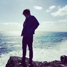Ben Howard Ben Howard, Sports And Politics, Photo And Video, Bands, Website, Music, Room, House, Bra Tops