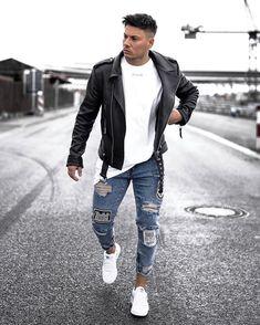 Leather Jeans Men, Biker Leather, Leather Jackets, Trendy Mens Fashion, Fashion Men, Dope Fashion, Fashion 2020, Fashion Tips, Foto Top