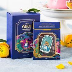 [Disney]Alice_스트로베리 홍차 (7개입) Tea Packaging, Luxury Packaging, Food Packaging Design, Cosmetic Packaging, Packaging Design Inspiration, Brand Packaging, Branding Design, Box Design, Layout Design