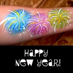 It's that time of year again! and Perfect for NYE is some easy fireworks face painting! This design can easily be adapted for the face by framing around [. Kids Face Painting Easy, Face Painting Tips, Simple Oil Painting, Face Painting Designs, Paint Designs, Body Painting, Firework Painting, New Years Eve Fireworks, Skull Crafts