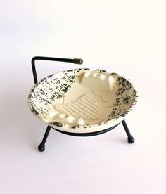 Vintage Ashtray Mid Century Modern Metal Stand by carpebellus on Etsy https://www.etsy.com/listing/190106172/vintage-ashtray-mid-century-modern-metal