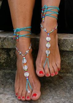 Turquoise SPIRAL BAREFOOT SANDALS foot jewelry par PanoParaTanto