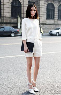c8432285837721 29 Best Elegant Street Style... En Blanc! images in 2019