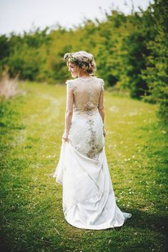 Claire Pettibone And Flowers In Her Hair A Spectacular Outdoor Spring Wedding Celebration