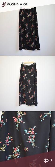 9d4a4a0d7a 90s Vintage Maxi Floral Skirt 90s Vintage Maxi Floral Skirt Kathie Lee  Collection Size: 8