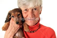 Photos, Images, Illustrations et Art Vectoriel : Femme Agee Et Son Chien - Page 2 | Depositphotos®