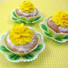 Spring Tea Cupcakes, Make Flower Cupcakes Topped With Detailed Royal Icing Zinnias Tea Cupcakes, Spring Cupcakes, Floral Cupcakes, Sweet Cupcakes, Easter Cupcakes, Cupcake Cakes, Decorated Cupcakes, Cupcake Art, Spring Treats