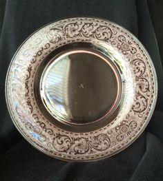 """Cambridge Glass Co. #725 peach 8"""" plate"""