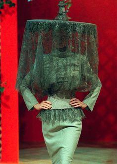 Milk - exercicedestyle: Givenchy by Alexander McQueen,...