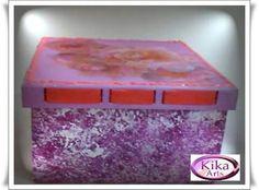 Caixa de rosas lilas em mdf