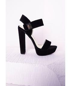 Sandales noires à plateforme style seventies - Chaussures - Talons hauts - Missguided