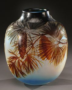 GALLE glass vase acid-etched with pine cones. Signed «Gallé». Circa 1920. H…