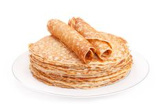 Same ingredients as a crepe, just a bit thicker. So yummy! Typical Dutch Food, My Favorite Food, Favorite Recipes, Dutch Pancakes, Dutch Recipes, Snack Recipes, Spices, Brunch, Chips