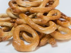Think of these as crunchy little pretzel bites or mini Italian bagels. Dunk these taralli into red wine—Italian, of course—as you relax on the patio with friends. You can also shape these into little bows. They keep for weeks, so think about making an extra batch. Makes 2dozen taralli  Ingredients   21/2teaspoons (12.5mL) fennel seeds, divided  21/2teaspoons (12.5mL) …