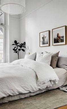 Unbelievable Simplistic bedroom #allwhite #simple #bedroom The post Simplistic bedroom #allwhite #simple #bedroom… appeared first on Feste Home Decor .