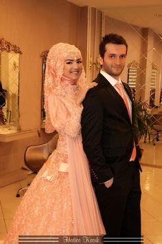 A Collection of Islamic Wedding Gowns With Hijab - HijabiWorld Muslim Wedding Gown, Muslim Dress, Wedding Gowns, Bridal Hijab, Hijab Bride, Bridal Gowns, Muslim Brides, Muslim Women, Muslim Couples