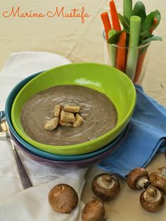 Cream of Mushroom Soup   (using PHILIPS SoyaMilk Maker )     Makes 4 servings       Ingredients:   ·  1 onion, chopped   · ...
