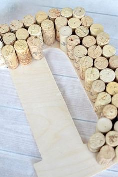 DIY Wine Cork Monogram Craft - TheSuburbanMom You are in the right place about DIY Projekte schule H Wine Cork Monogram, Wine Cork Letters, Wine Cork Art, Wine Cork Boards, Wine Craft, Wine Cork Crafts, Wine Bottle Crafts, Crafts With Corks, Diy With Corks