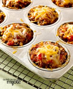 Cheesy Salsa-Mini Meatloaves -- Meatloaf, meet tacos: In this recipe, the classic ground beef dinner favorite combines with tomato salsa and melty cheese. One of these minis has your name on it. With turkey? Kraft Recipes, Beef Recipes, Cooking Recipes, What's Cooking, Kraft Foods, Meatloaf Muffins, Muffin Tin Meatloaf, Muffin Tin Recipes, Dinner With Ground Beef