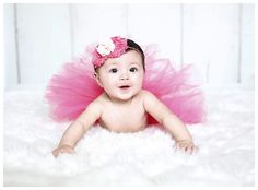 Toddler Photography, Newborn Photography, 1st Birthday Photoshoot, Monthly Baby Photos, Hospital Pictures, Peacock Painting, Baby Girl Pictures, Baby Poses, Cool Baby Stuff