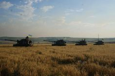 Ukrainian Soldiers on Battlefield – photos and videos from the center of ATO.