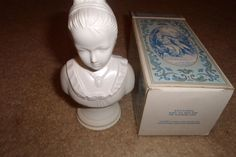 vintage avon perfume bottle young girl moonwind by robinsvintage, $4.00