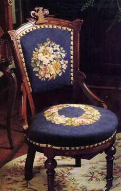 Craft Oasis: Embroidery on classic furniture ! Gallery Furniture, Furniture Decor, Chair, Furniture, Victorian Decor, Victorian Chair, Victorian Furniture, Victorian Furniture Decor, Beautiful Furniture