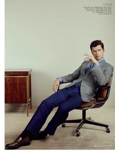 Sean OPry Suits Up for Dapper Sarar Spring Ads