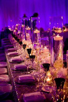 beautiful wedding tablescapes | Beautiful wedding tablescape with tall vases