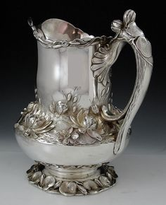 Matthews and Prior antique sterling silver water pitcher Vintage Silver, Antique Silver, Silver Water, Bronze, Or Antique, Art Nouveau, Tea Pots, Stoneware, Pottery