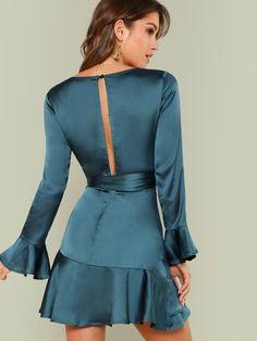 Split Back Ruffle Trim Overlap Front Belted Dress -SheIn(Sheinside) 2019 Surplice Dress, Belted Dress, Ruffle Dress, Peplum Dress, Ruffle Trim, Blue Fashion, Fashion Outfits, Deep V Neck Dress, Neoprene