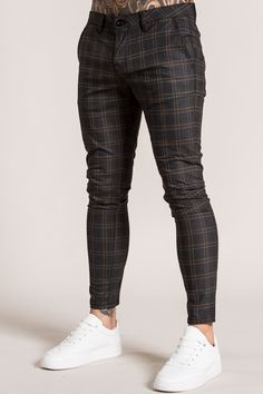 With an all new check pattern, the Korver Chinos join our best selling chino collection for the new season. Stylish Mens Outfits, Casual Outfits, Men Casual, Casual Wear, Mode Masculine, Best Casual Shirts, Men With Street Style, Men Street, Formal Men Outfit