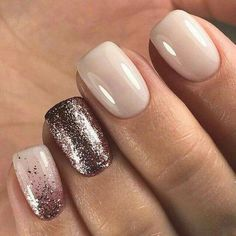 """The cool thing about accent nails is that you don't need a design on every finger. Try adding black accents on all ten nails or compliment one or two. """"It can be tricky incorporating black accents … Trendy Nails, Cute Nails, My Nails, Short Nails Shellac, Fall Nails, Gel Ombre Nails, Sparkle Gel Nails, Dark Gel Nails, Gel Toe Nails"""