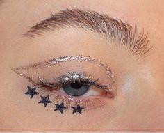 Silver glitter eyeliner + stars look