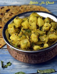 Batata Nu Shaak recipe, Bateta Nu Shaak Gujrati Recipes Gujarati Cuisine, Gujarati Recipes, Indian Food Recipes, Asian Recipes, Gujarati Food, Aloo Recipes, Veggie Recipes, Vegetarian Recipes, Healthy Recipes