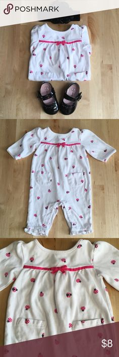 Gymboree One Piece 🐞 EUC (headband and shoes not included). I love how cute and cozy this is, the lady bugs and little pockets in the front are adorable Gymboree One Pieces Bodysuits