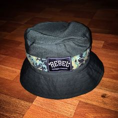 REBEL CLOTH BUCKETHAT
