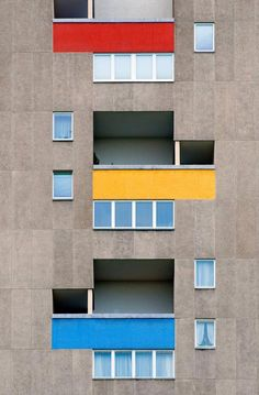 Colour Architecture, Historical Architecture, Architecture Details, Modern Architecture, Facade Design, Facade House, House Colors, Interior And Exterior, Decoration