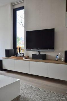 Binnenkijken in ... een woonkamer met eethoek in moderne design stijl in Leidsche Rijn na STIJLIDEE Interieuradvies en Styling via www.stijlidee.nl