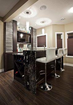 https://i.pinimg.com/236x/84/77/dc/8477dc9abfa2bd2186e9be0d30d11b83--wet-bar-designs-basement-bar-designs.jpg