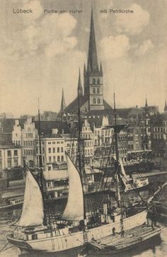 Lübeck, Schleswig-Holstein, Hafen mit Petrikirche - Zeno.org
