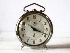 Beautiful vintage French JAZ metal clock