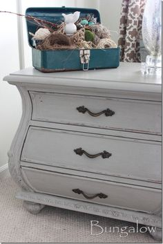 cece-caldwell-chalk-paint : My side tables need painting.maybe grey? Redo Furniture, Painted Furniture, Chalk Paint Dresser, Cece Caldwell Paint, Cece Caldwell, Chalk Paint Furniture, Chalk, Furniture Inspiration, Furniture Makeover
