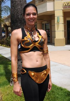Check out what I found on Bing: http://www.hawtcelebs.com/adrianne-curry-at-the-inaugural-course-of-the-force-olympic-relay-run/