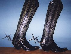 Length of side pulls Mens Heeled Boots, High Heel Boots, High Heels, Custom Cowboy Boots, Cowgirl Boots, Western Boots, Men In Heels, Sexy Cars, Combat Boots