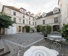 Paris 4e - 6 rue de Fourcy - Auberge de Jeunesse MIJE Fourcy .