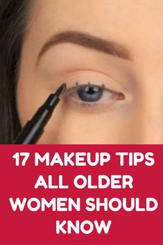 17 Makeup Tips All Older Women Should Know About (Slideshow) 17 Make-up-Tipps Skin Makeup, Beauty Makeup, Hair Beauty, Makeup Brushes, 50s Makeup, Makeup Sale, Dress Makeup, Makeup Monolid, Cheap Makeup