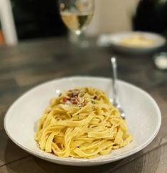 My 10-year carbonara journey | Salon.com Pici Pasta, Bucatini Pasta, Pasta Restaurants, Carbonara Sauce, Slow Cooker Lasagna, Bacon Pasta, Pasta Shapes, Great Recipes