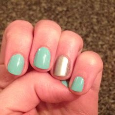 Turquoise with accent nail