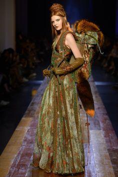 Jean Paul Gaultier Fall 2016 Couture Fashion Show - Anastasia Ivanova (Women)